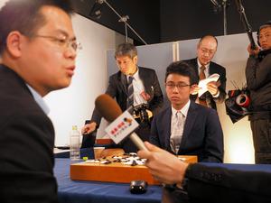 トップ棋士の一力七段も囲碁AIに連敗 「本当に強い」