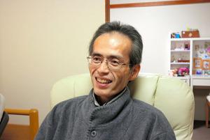 自宅で療養する森田浩和さん=3月…