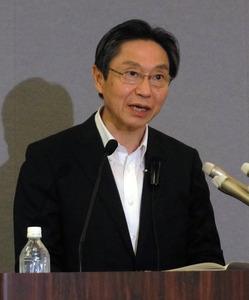 三菱東京UFJ銀行の小山田頭取退任へ 異例の短期交代