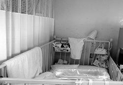 女性が約4カ月過ごしている病室。…