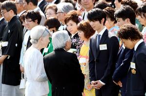 皇后さま「立派でございましたね」 園遊会で小平選手に