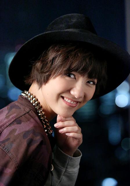 24歳。おしゃれで男装が似合う。女性からの人気は中国でも高い=倉田貴志撮影