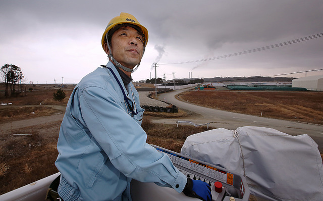 かつて福島県楢葉町周辺の電気工事を手がけていた松本一弘さん。原発で仕事をすることは想定していなかったが、目の前の作業に集中するだけだと思っている=2月25日、福島県楢葉町、矢木隆晴撮影