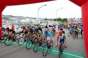 自転車の 朝日自転車 : 自転車800台、急坂激走 ...