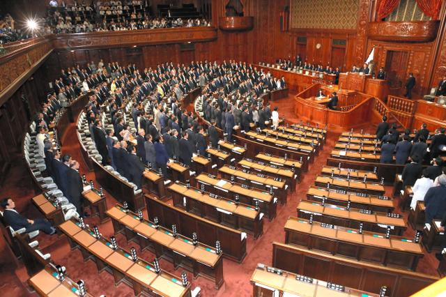 安保関連法案、衆院可決 野党は退席や欠席:朝日新聞デジタル - ヒウィッヒ・ドットコム