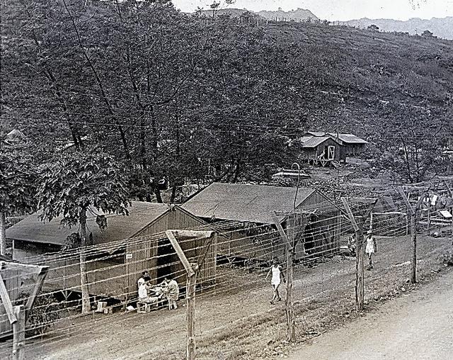 第2次世界大戦当時のホノウリウリ強制収容所(ハワイ日本文化センター提供)