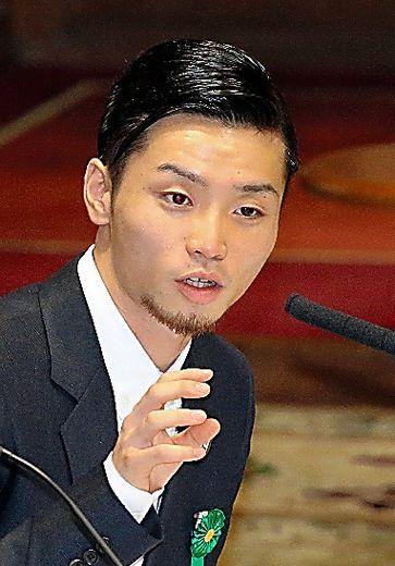 意見陳述する「SEALDs」メンバーの奥田愛基さん