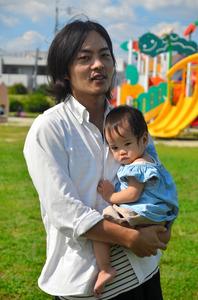 「子どもが生まれてから、20年後、30年後のことを具体的に考えるようになりました」と語る中島さん