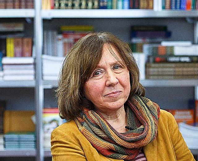 スベトラーナ・アレクシエービッチさん=2014年2月、ロイター