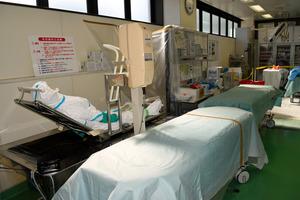 大量被曝した患者らの治療や除染、被曝線量評価が行えるセンター内部=県立医大