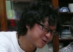 のつ・ゆうじろう コーディネーター兼リハビリ担当、作業療法士。湘南の回復期病院で作業療法士として働いていたとき、東日本大震災が発生。2011年5月、医療系団体の短期ボランティアスタッフとして石巻で活動を行う。9月から、病院を辞め、キャンナス東北スタッフとして、石巻で支援活動を開始。現在はリハビリ職という専門性を活かし、誰しもが生きやすい社会を目指して牡鹿半島で活動中。