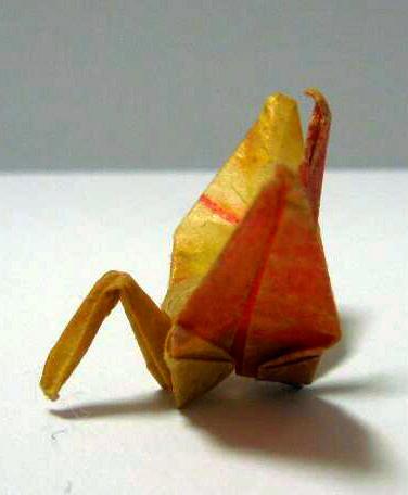 我孫子市に贈られる「サダコの折り鶴」=NPO法人「SADAKO LEGACY」提供