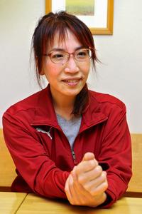 姫野カオルコさん=麻生健撮影