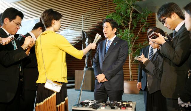 北朝鮮による核実験について話す安倍晋三首相=6日午後0時51分、首相官邸、池永牧子撮影