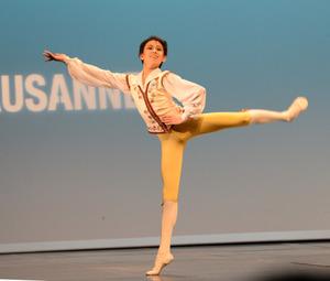 16歳中村さんが6位入賞 ローザンヌ国際バレエ