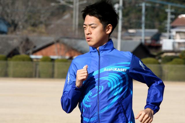 東京マラソンに出場する村山謙太