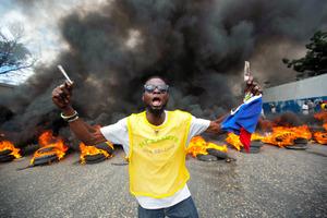 ハイチ、大統領不在に 政治混乱で後任決まらぬまま退任