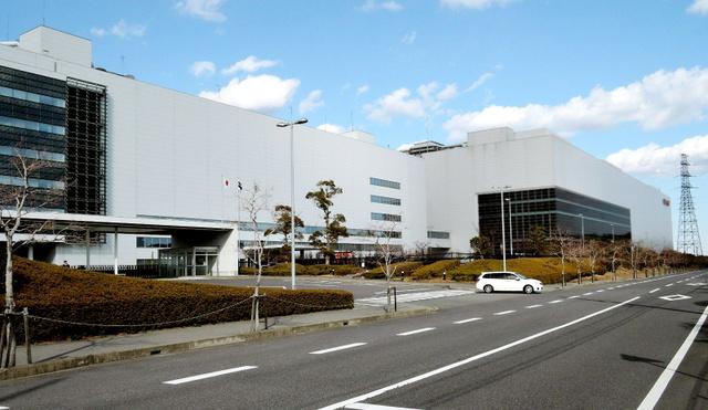 シャープの主力工場として新たに設備投資される亀山工場=三重県亀山市
