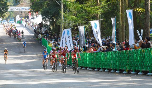 宇都宮で昨年開催された国際レース「ジャパンカップ」には2日間で計約12万人の来場者があった
