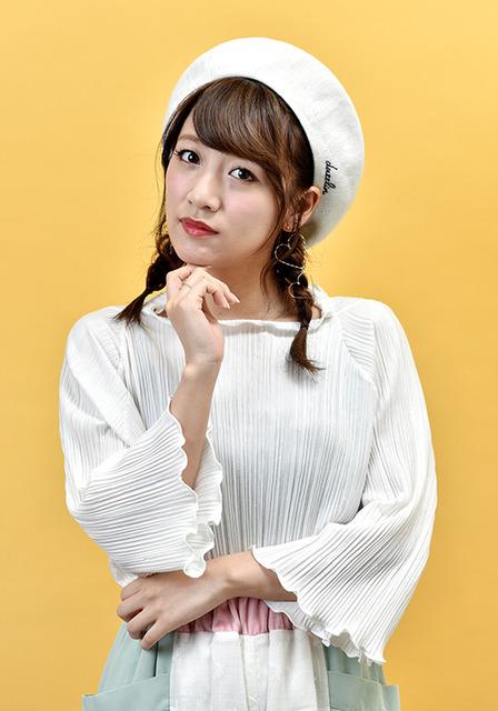 24歳。初代AKB48グループ総監督を務めた=工藤隆太郎撮影