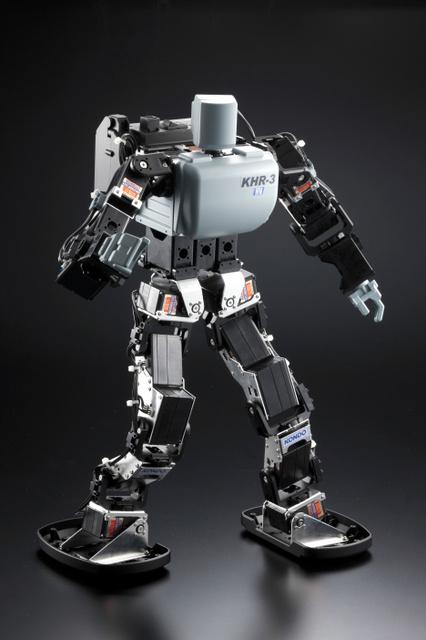 二足歩行ロボット=玉川高島屋ショッピングセンター提供