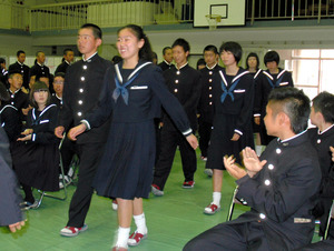 多良木高等学校制服画像