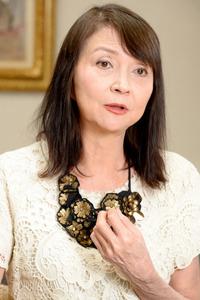 秋川リサさん=山本和生撮影