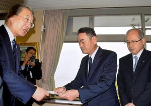 島根原発の廃炉計画、事前申し入れ 中国電力、県市に