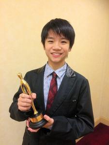 増田慈さん、男子で1位 若手バレエダンサーのGP