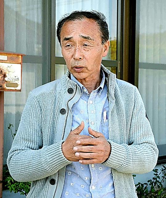 息子を思い、苦しい胸の内を語る大和卓也さん=1日午後、熊本県阿蘇市、宋潤敏撮影
