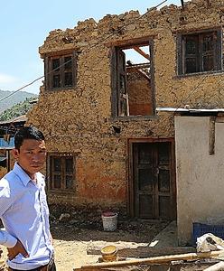 ネパール地震、進まぬ復興