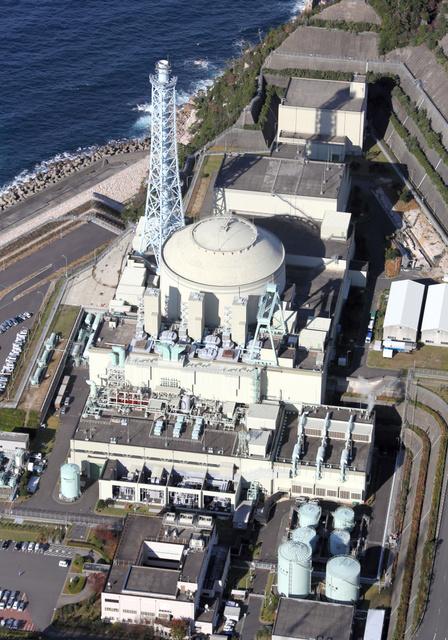 高速増殖原型炉「もんじゅ」=福井県敦賀市、朝日新聞社ヘリから、上田潤撮影
