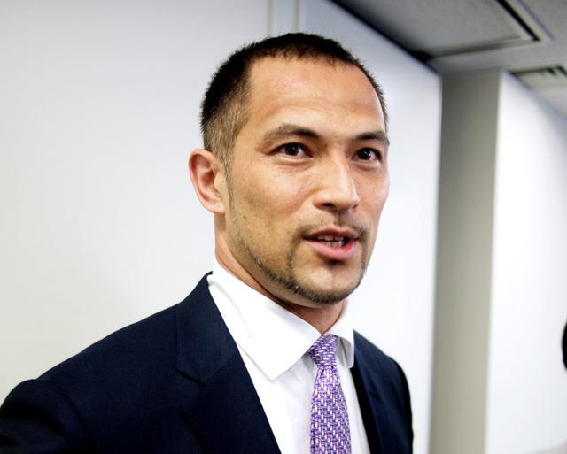 6月の日本選手権に出場する意向を表明した室伏広治