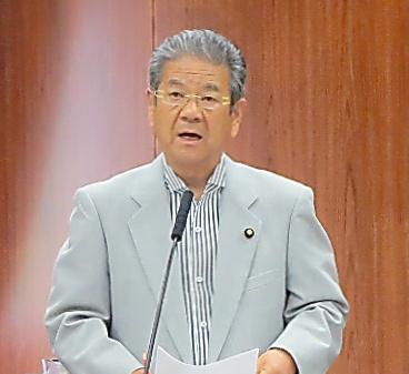 質問する北沢俊美元防衛相=24日午前、参院外交防衛委員会