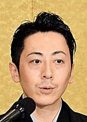 判決後に会見した青山貴彦さん
