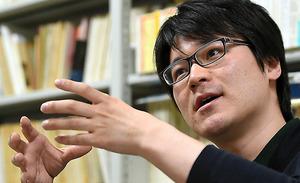 「かつては、広島を語ることが戦後の日本を語ることでした。今はそうではなくなってしまった」=水野義則撮影