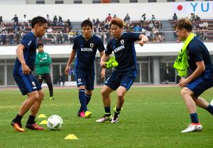 サッカー代表、キリンカップへ合宿始まる 国内組も合流