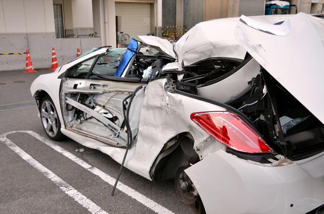 【愛知】車とトラックが衝突 2人死亡、1人重傷 一宮©2ch.net ->画像>6枚