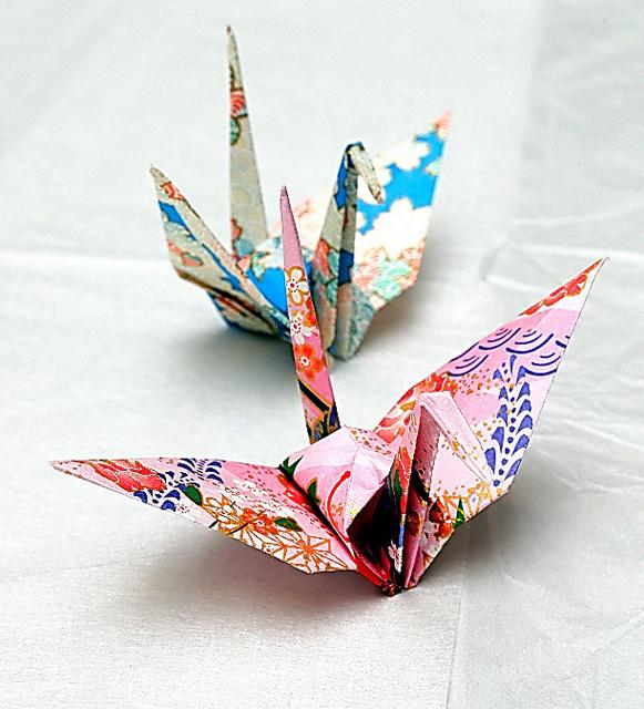 オバマ米大統領から贈られた折り鶴=5月27日