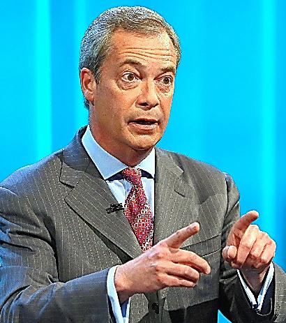 7日、テレビでEU離脱を呼びかける英国独立党(UKIP)のファラージ党首