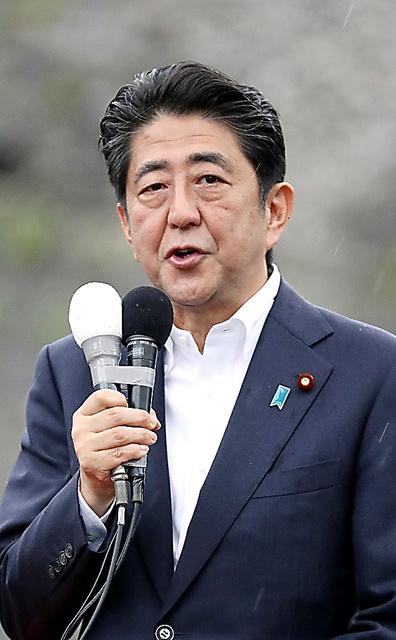 自民党の安倍晋三総裁=22日午前9時19分、熊本市中央区、林敏行撮影