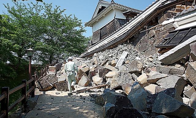 被害が大きい西大手門周辺の石垣=千田さん提供