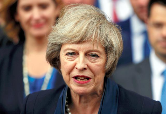 写真・図版 テリーザ・メイ氏=ロイター 前へ 次へ 英国の次期首相に決まったテリーザ・メイ内相(