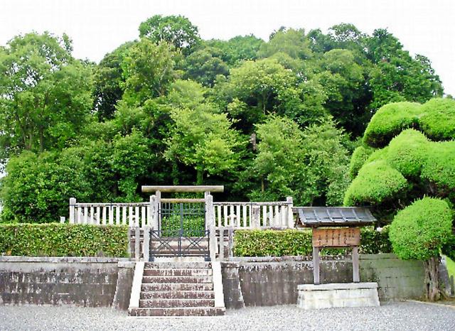 檜隈大内陵=2012年10月撮影