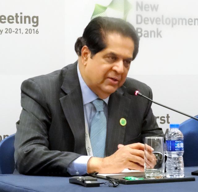 BRICS各国で出資する新開発銀行(NDB)のカマス総裁=20日、上海市内