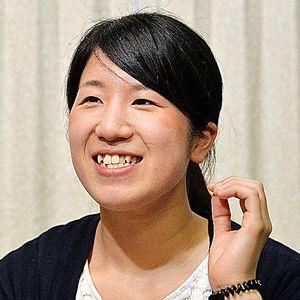 「結婚して、温かい家庭を作るのが今の夢です」と話す杉谷うたかさん=大阪市、堀内義晃撮影