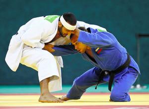 ロシアのフェンシングも容認 日本フルーレ出場消える