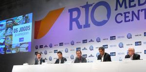 祭典取材の拠点オープン リオ市長は準備順調を強調
