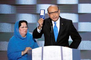 「トランプよ、憲法読んだか?」民主党大会で戦死者遺族