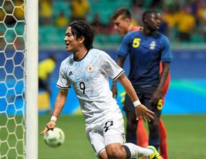 サッカー日本、1次リーグ敗退 スウェーデンには勝利